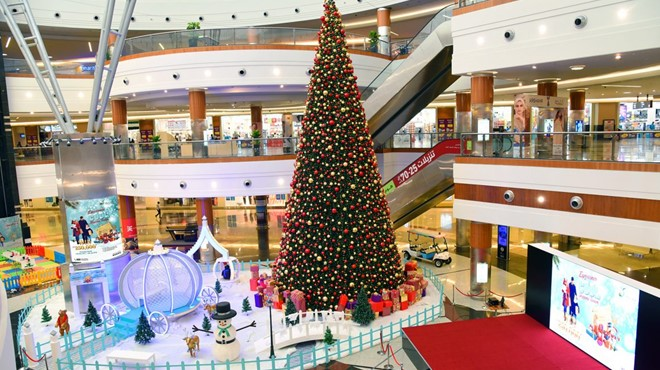 COOL Shopping Season Winter Activities